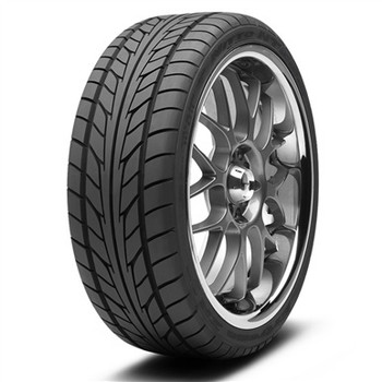 Nitto nt555 Extreme Tires 255 45r20 182 890