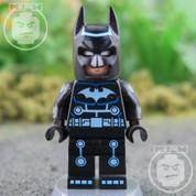 LEGO DC Super Heroes Batman Electro Suit RARE Minifigure