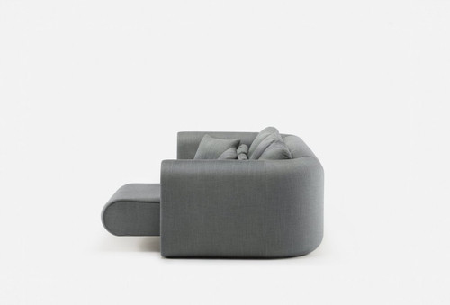 Designed by Autoban and manufactured by De La Espada for the Autoban brand. Union sofa is made of tactile, natural materials, making use of traditional craft techniques alongside modern technology. This striking and unconventional sofa features curved angles and subtle design details throughout.