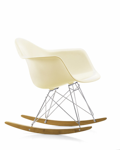 vitra-eames-rar-rocking-chair-cream
