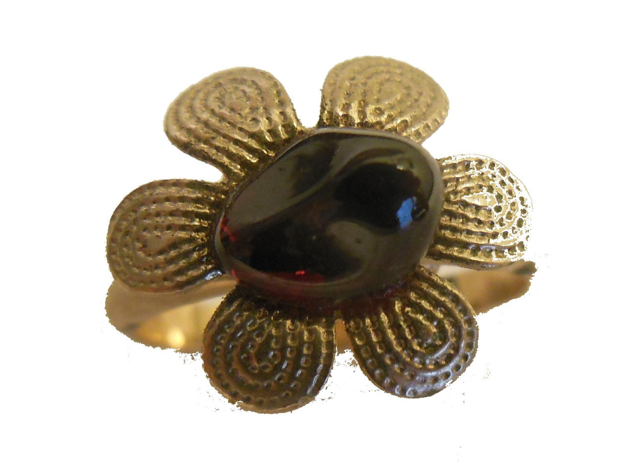 Vintage Ring-Garnet Flower
