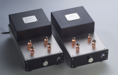 AUDION PREMIER QUATTRO LINE / MC PHONO 2 BOX PRE-AMPLIFIER Model No Q2 One of the finest preamplifiers ever made. Now at True Audiophile. Exclusive U.S. Importer for Audion tube equipment.