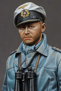 ALPINE MINIATURES 16021 - 1/16 German U-Boat Captain