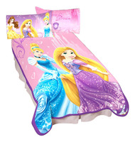 Disney Princesses 'Elegant Glamour' Plush Blanket