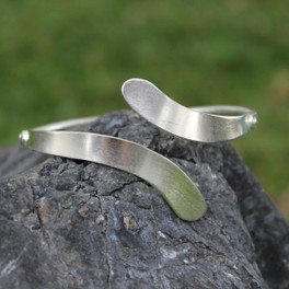 allude adjustable cuff in silver
