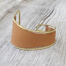 Brass/ Caramel