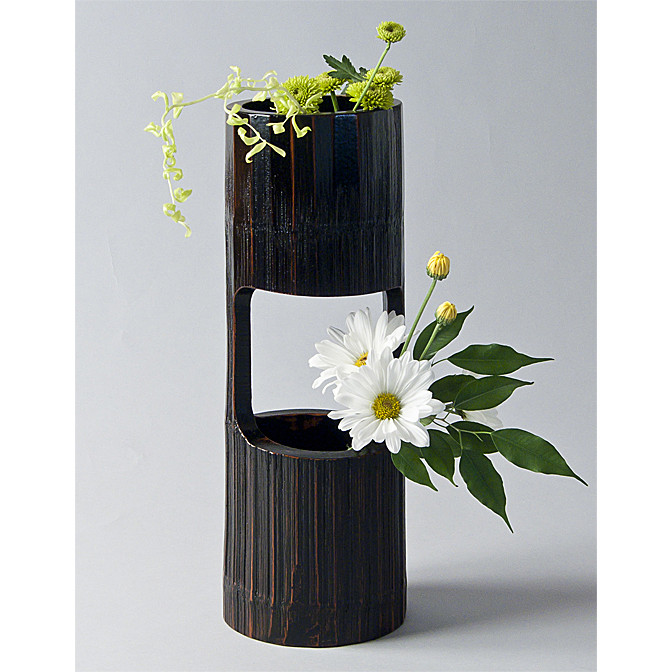 Bamboo section vase for cascading ikebana arrangements ziji