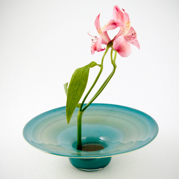 Aqua Enso Vase with arrangemenet
