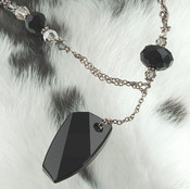 Deco Necklace in Jet (Black)