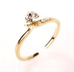 Gold Plated Clear Crystal Twisted Toe Ring