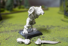 Confrontation Wolfen Predator Lot 11212 Blue Table Painting Store