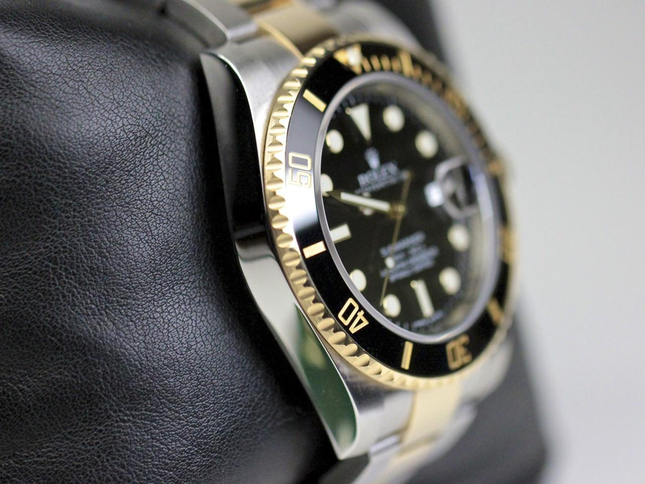 Case Detail - Rolex Watch Submariner Steel and Gold 116613 - www. Legendoftime.com - Chicago Watch Center