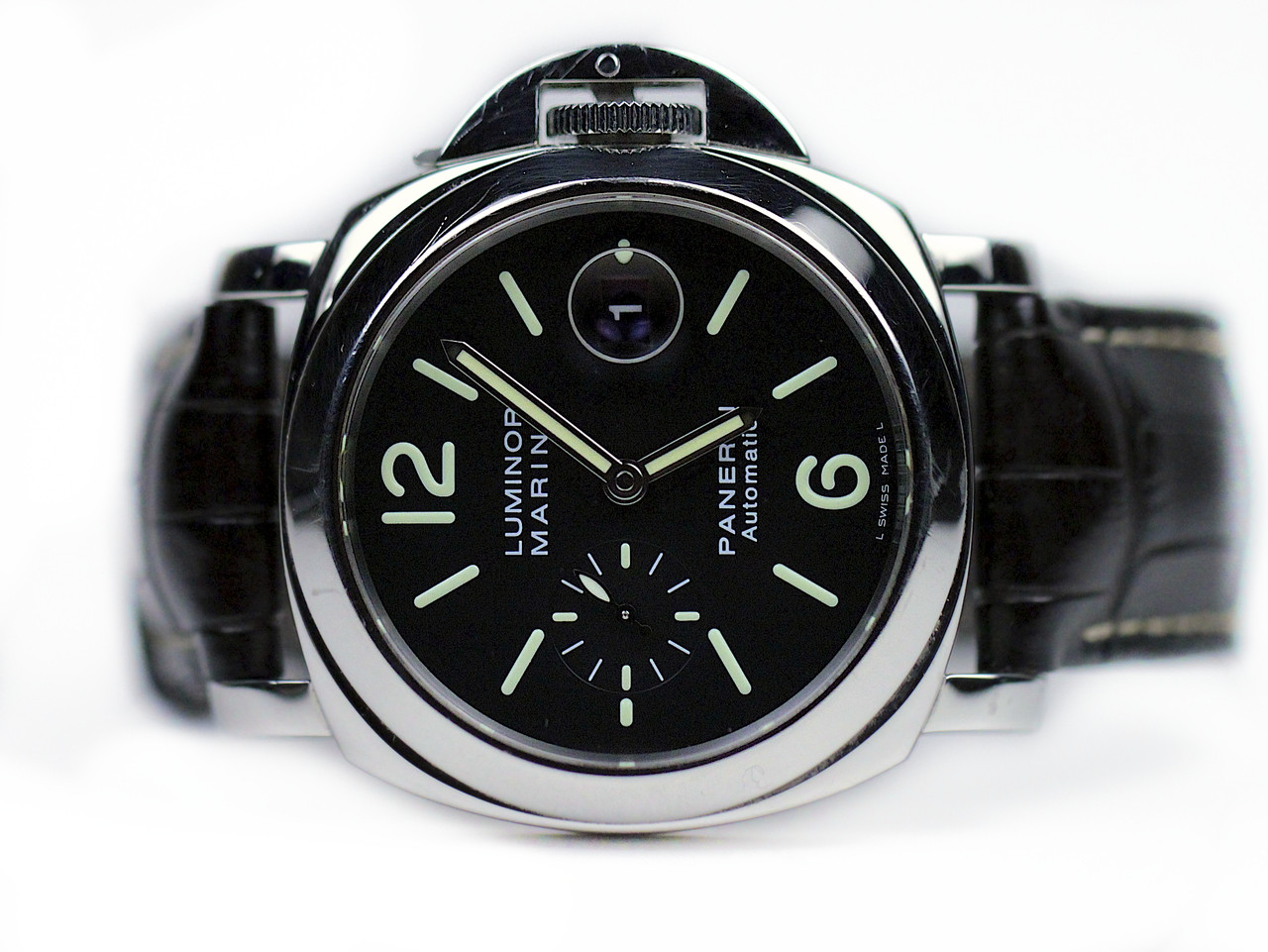 panerai luminor strap leather in with on essential submersible dial watches days main watch pam ceramic black