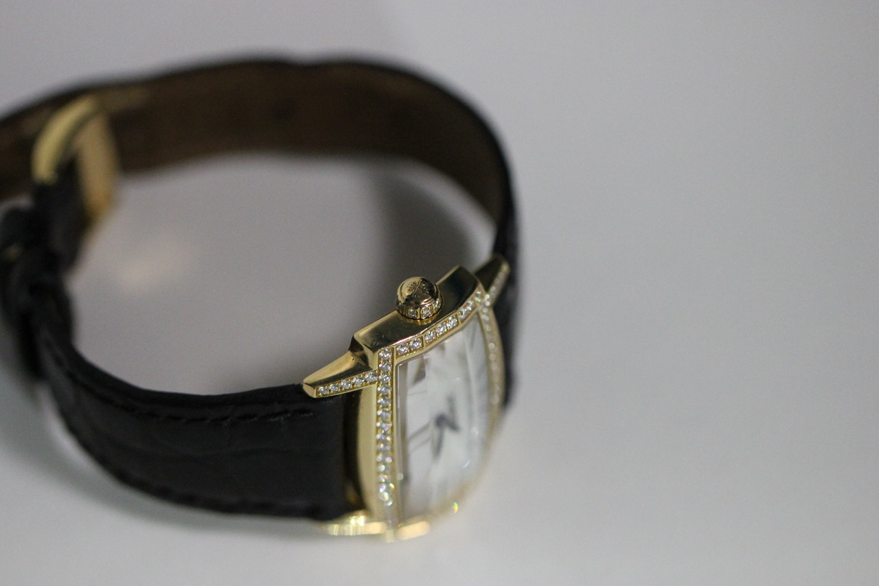 For sale Patek Philippe Watch - Ladies 18K Yellow Gold Diamond Bezel