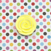 "1"" Small Classic Royal Icing Rose -  Pastel Yellow (10 per box)"
