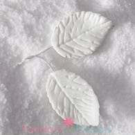 "1.75"" Rose Leaves - Medium - White w/ Wire (10 per box)"