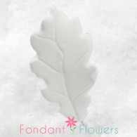 "1.75"" Oak Leaves - Small - White w/ Wire (10 per box)"