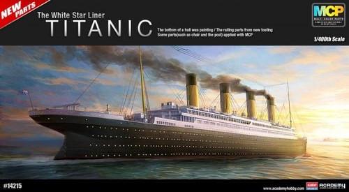 Academy 14215 1/400 RMS Titanic Ocean Liner