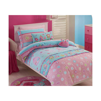 quilt cover set is made from a 50/50 Polyester & cotton which gives a luxurious softness and smoothness with long lasting durability. Easy care fabric washes easily & dries quickly. Single or Double.