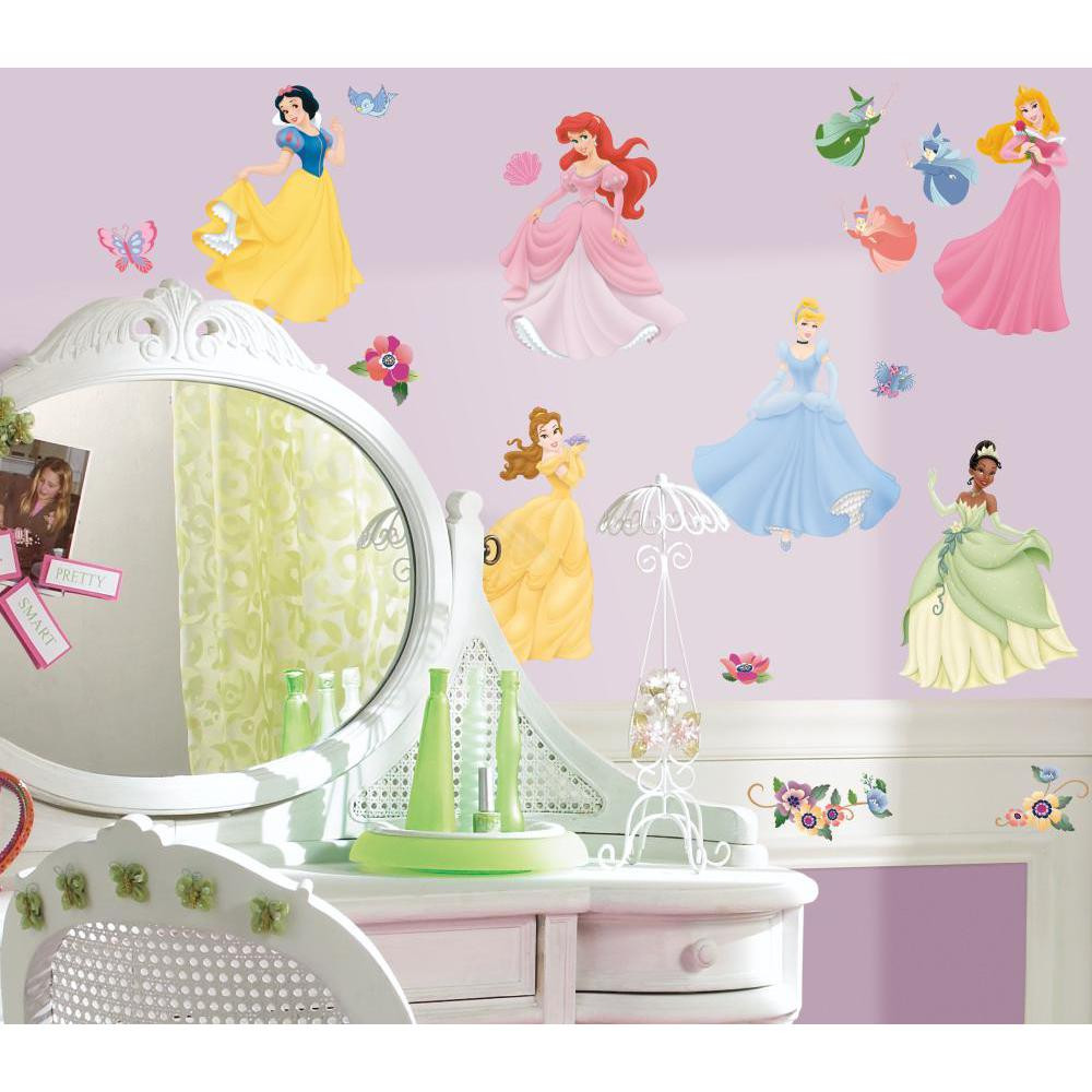 Celebrate the royalty, enchantment, and romance that Disney Princess characters bring to a little girl's room with this beautiful set of wall stickers.