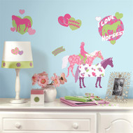 Show off your love for horses with these vibrant wall decals!
