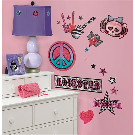 Rock on! Go on a world tour with these hip girls rock 'n' roll wall decals.
