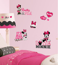 Mickey & Friends - Minnie Loves Pink Wall Stickers