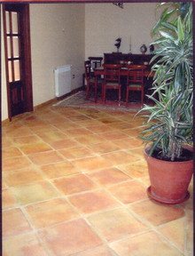 We only supply the highest quality terracotta flooring available, Made by hand by the oldest and most traditional methods that have been adapted to create tiling to fit into the most traditional or modern styles, All this at the most competitive prices guaranteed.