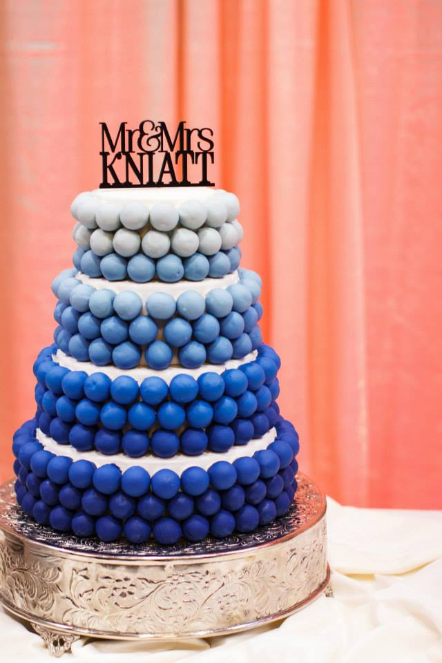 blue-ombre-wedding-cake-knaitt.jpg