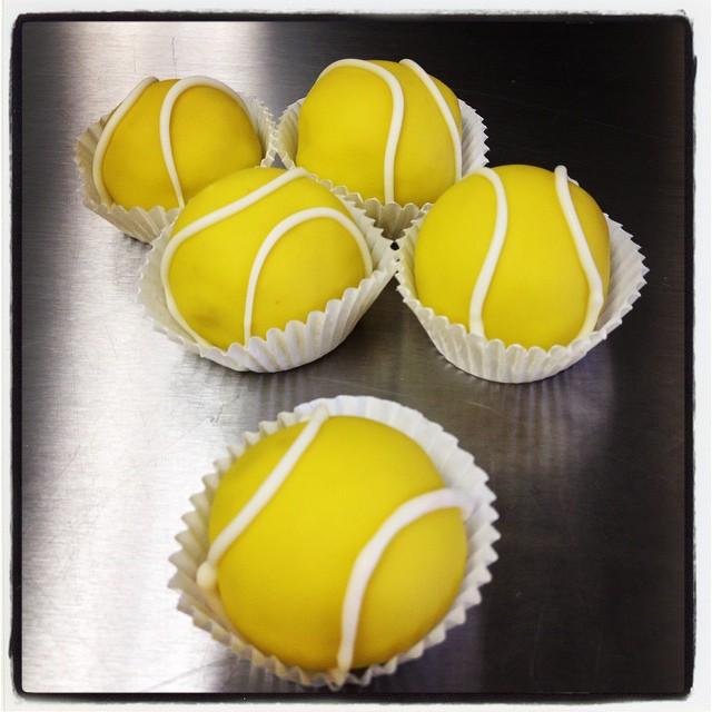 tennis-cake-balls.jpg