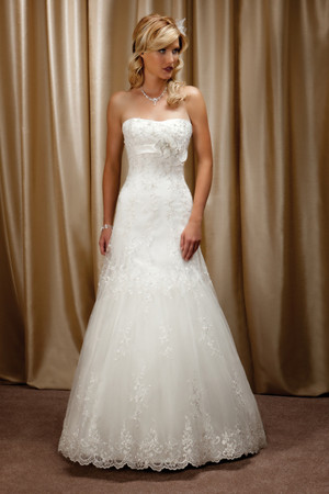 Lace A-line wedding dress