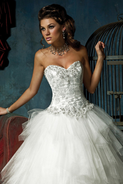 Wedding dresses for hire essex : Bridal tulle ball gown wedding dress