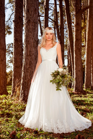 Wedding Dress | L1036