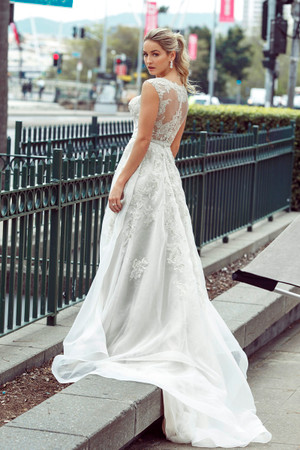 Wedding Dress - Drew | M1722Z