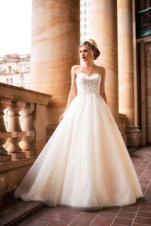 Wedding Dress - Davina | M1755L