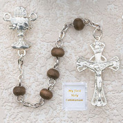5-Millimeter-brown-wood-Communion-Rosary-Beads-with-Blessed-Sacrament-Centerpiece-MAP122R