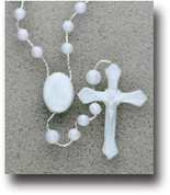Rosary in White Plastic - Style HI11102