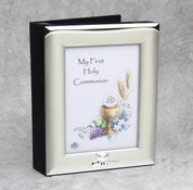 First Communion Frame and album with tone on tone Silver Finish for Photo Size 5 by 7 inches DV488528