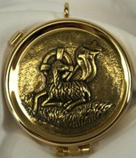 textured lamb of peace Pyx made of brass with 24 karat gold plate measures 2 by 5 eighths inches with attached loop and metal clasp holds up to 6 hosts SALART525