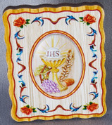 Communion Plaque Details Blessed Sacrament and Roses Bright Colors on Wood measures 1 and 3 quarters by 2 an 1 quarter inches LAL323COM