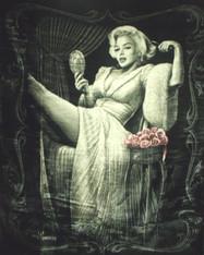 MARILYN MONROE SITTING PRETTY DGA   -R