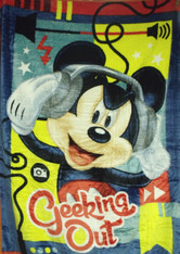 MICKEY MOUSE GEEKING OUT  - R