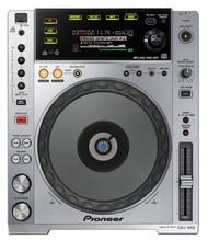 1 x Pioneer CDJ-850