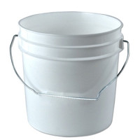1 Gallon White Bucket