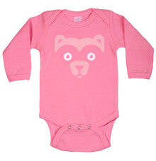 Long Sleeve Wee Bear Onesie in Raspberry
