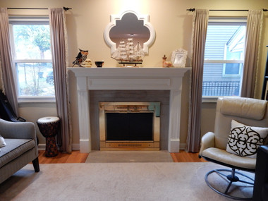 Fredricksburg mantel in white