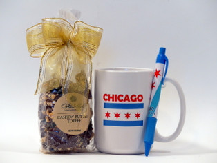 Chicago themed mug and chocolate toffee gift set