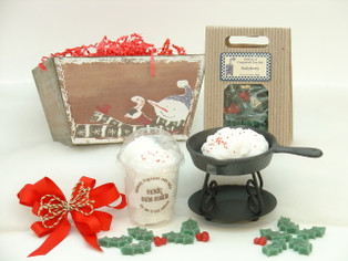 Christmas candle gift set with cast iron skillet warmer