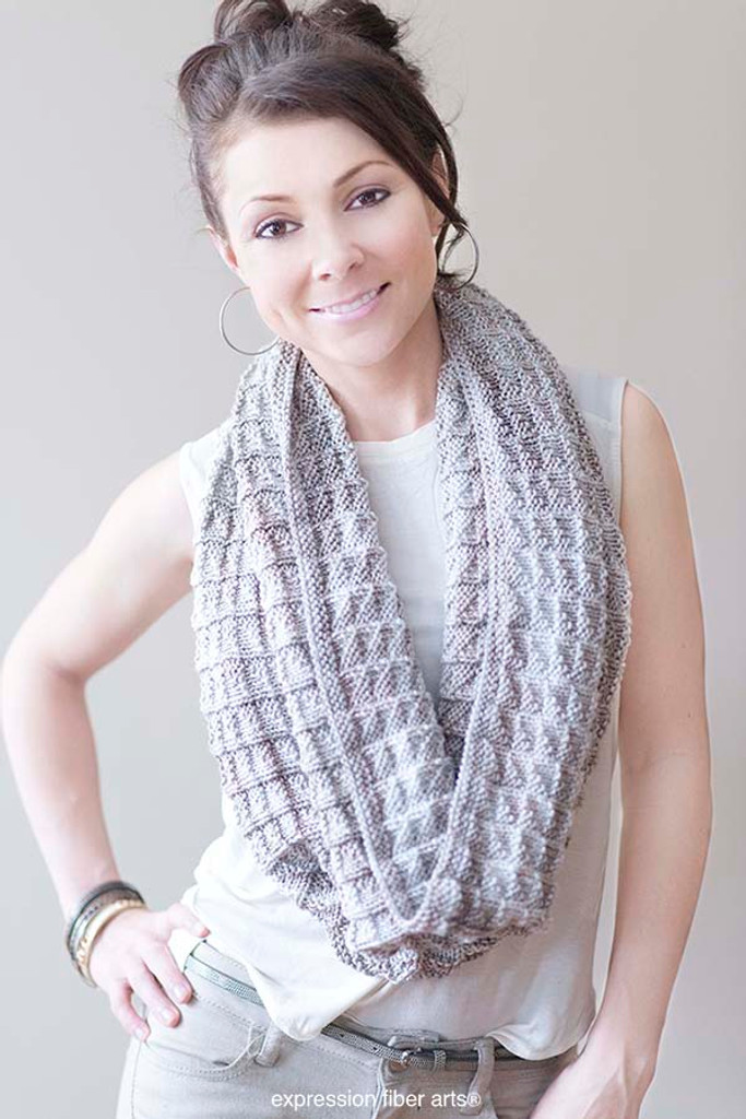 Free Knitting Patterns Dk Cowl : Free Champagne Knitted Cowl Pattern - Expression Fiber Arts, Inc.