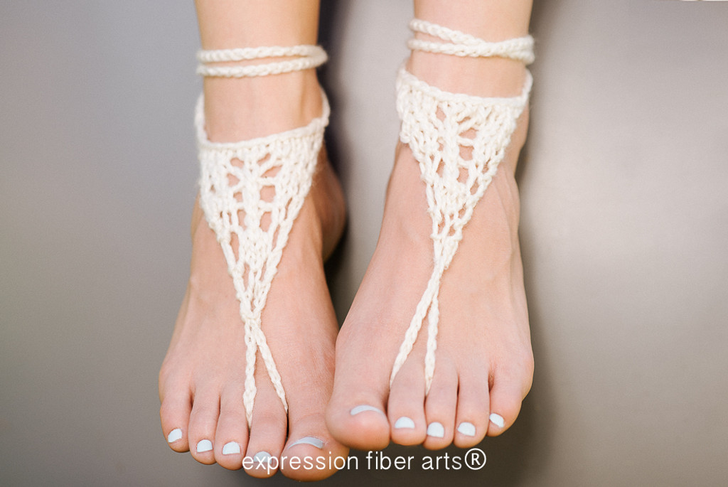 Wanderer Knitted Barefoot Sandals Pattern - Expression ...